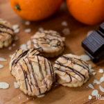 Orangen-Marzipan-Plätzchen mit Knusperhaube