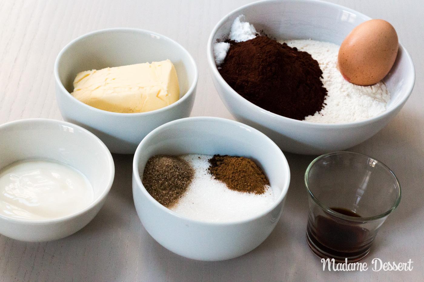 Fledermaushappen und Grabkreuzkekse | Madame Dessert
