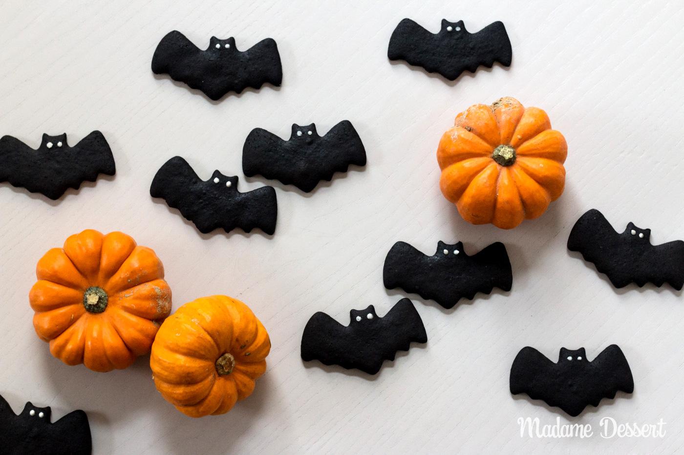 Fledermaushappen und Grabkreuzkekse | Halloween Rezepte | Madame Dessert
