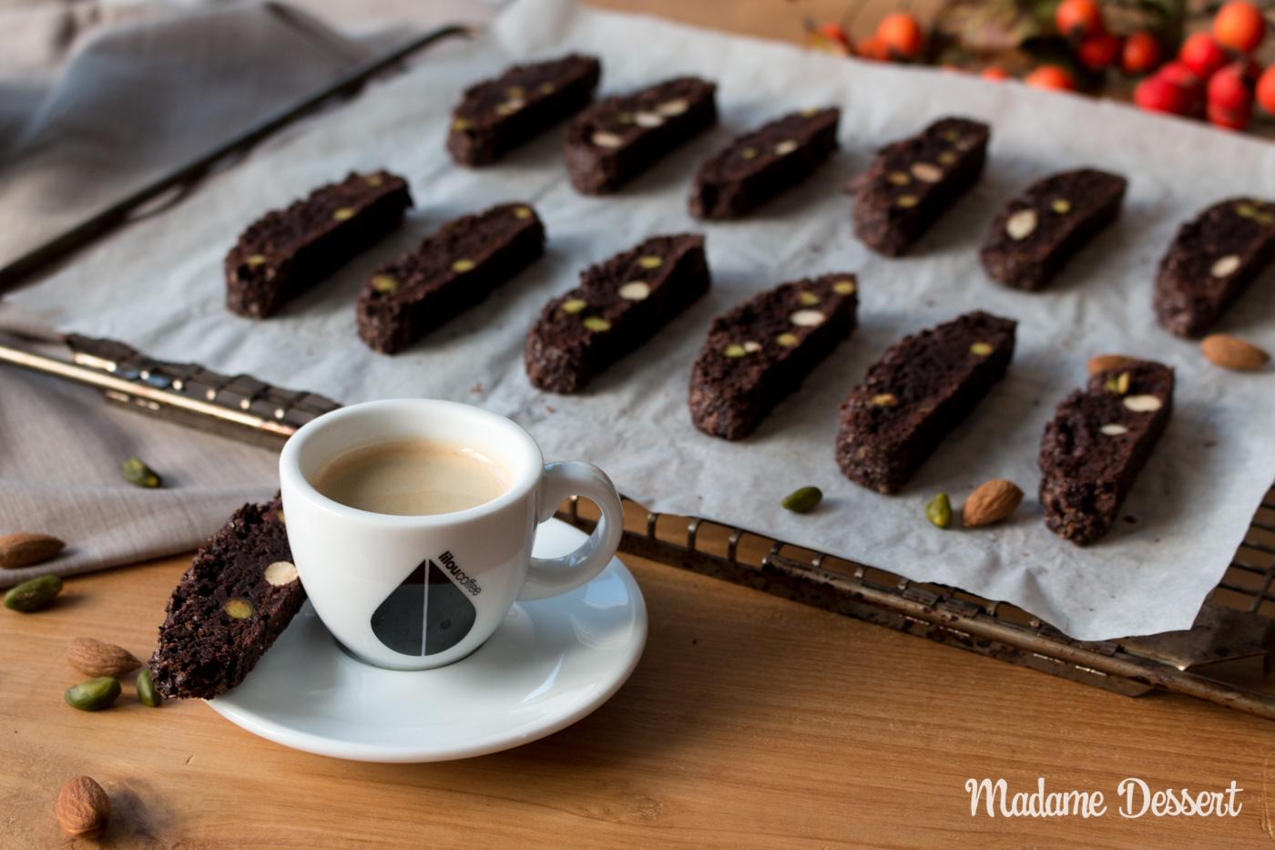 Schokoladen Biscotti mit Mandeln & Pistazien
