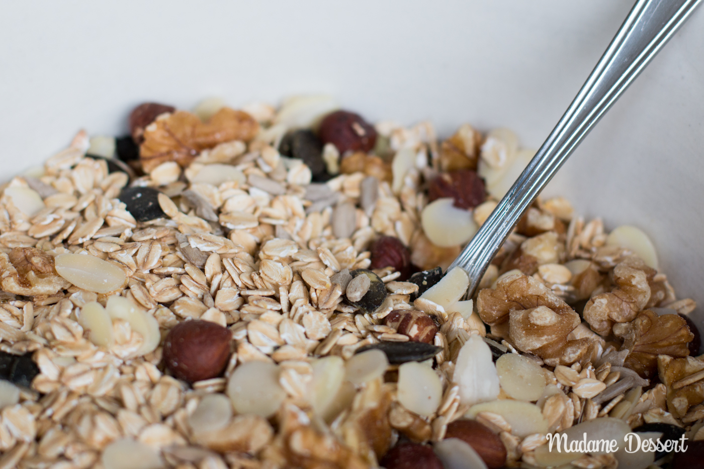 Crunchy Granola zum selber machen | Frühstücksideen | Madame Dessert
