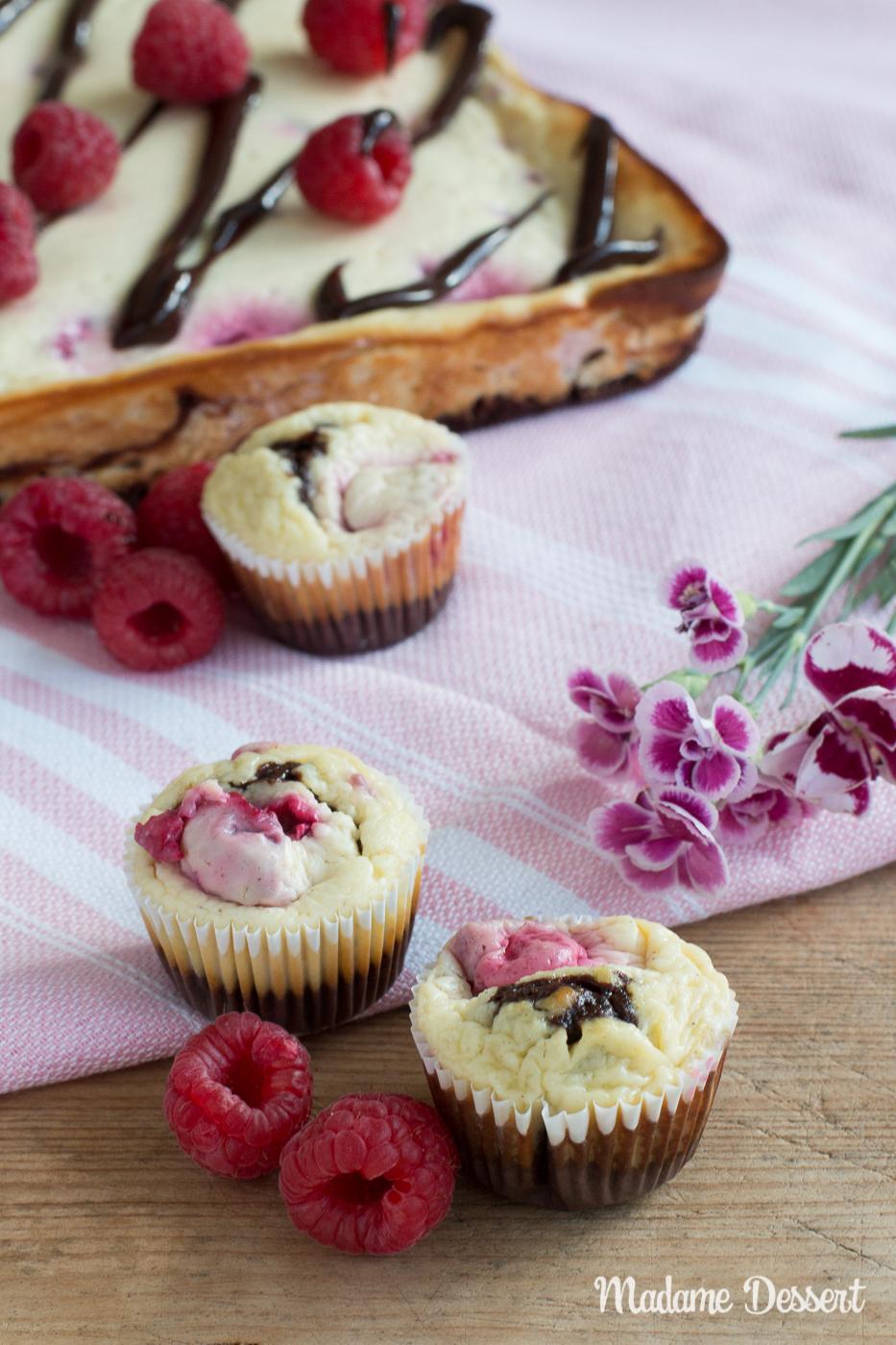 Himbeer Cheesecake mit Brownieboden | Madame Dessert