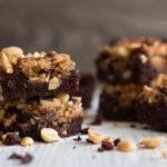 Heureka–Rezept für schokoladige Peanut Butter Brownies mit gesalzenem Erdnusstopping