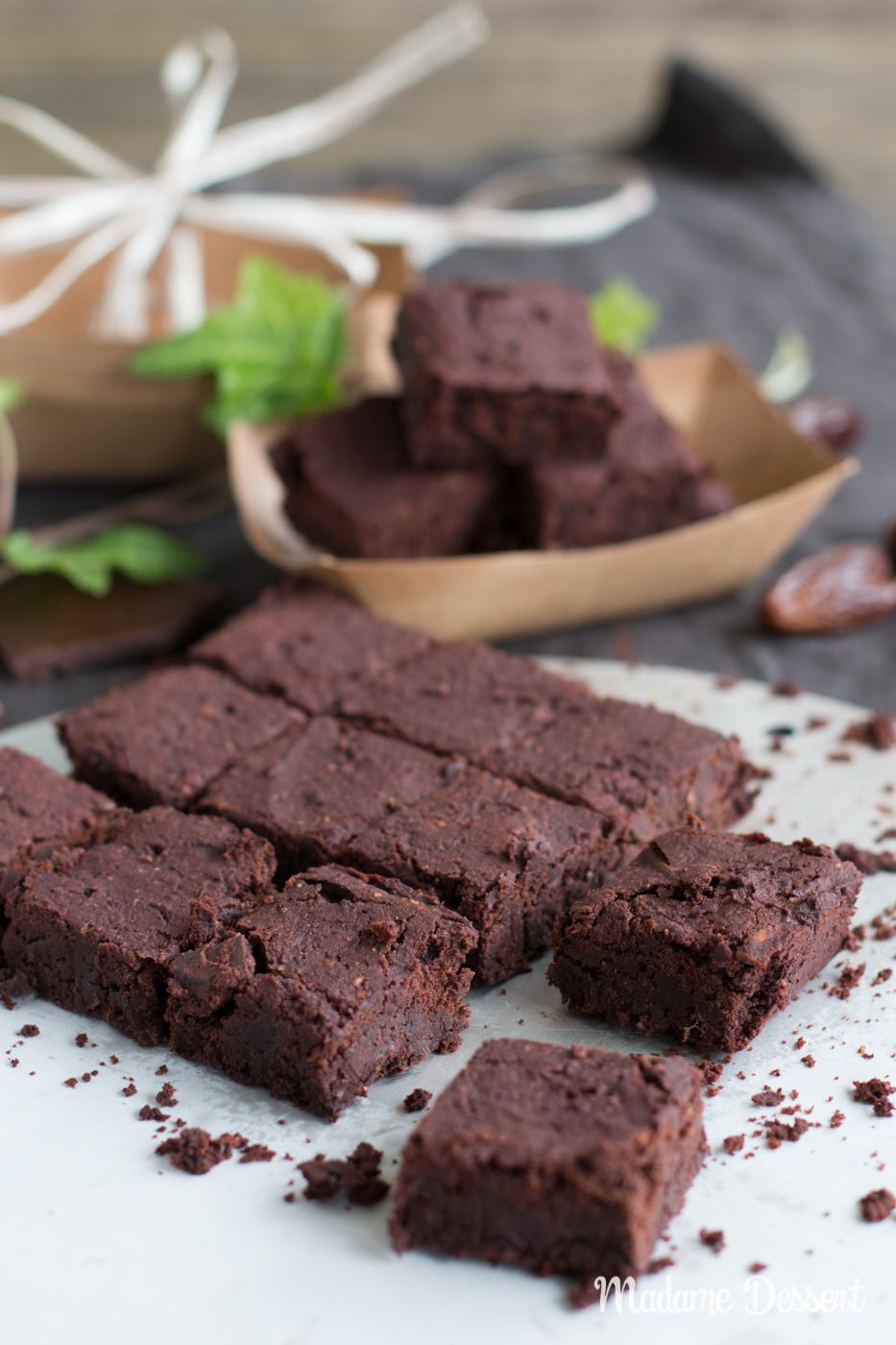Vegane und glutenfreie Brownies ohne Zucker | Madame Dessert