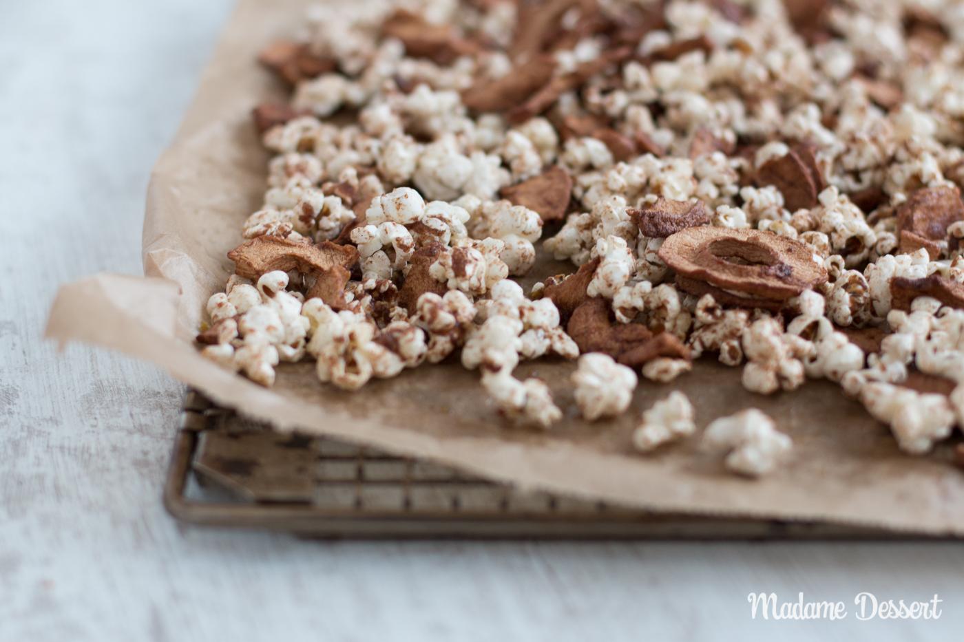 Selbstgemachtes Popcorn mal anders – Apfel-Zimt Popcorn | Madame Dessert