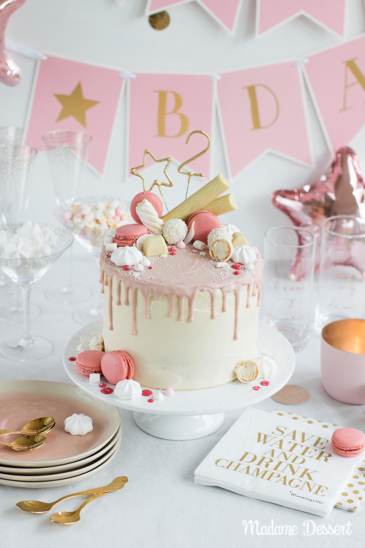 Candy Drip Cake – Geburtstagstorte mit Himbeeren & Kokos | Madame Dessert