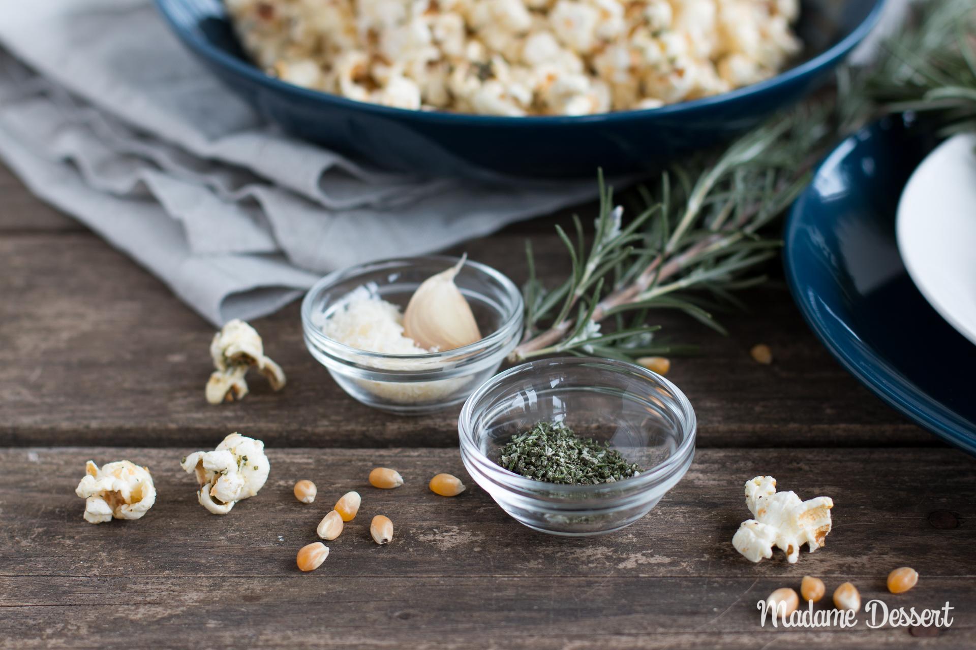 Selbstgemachtes Popcorn mit Rosmarin und Parmesan |Madame Dessert