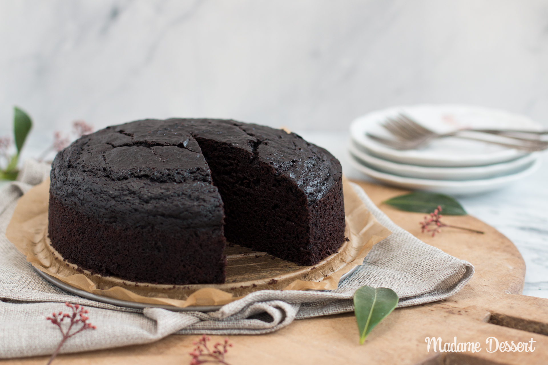 Saftiger veganer Schokoladenkuchen | Madame Dessert